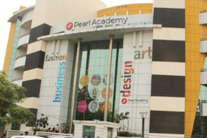 https://cache.careers360.mobi/media/colleges/social-media/media-gallery/1306/2019/1/4/Campus View of Pearl Academy New Delhi_Campus-View.jpg
